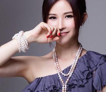 佩戴珍珠要注重不同场合用不同风格