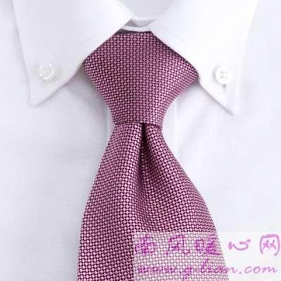 淘宝特卖浅谈男装领带与素色衬衫的搭配技巧