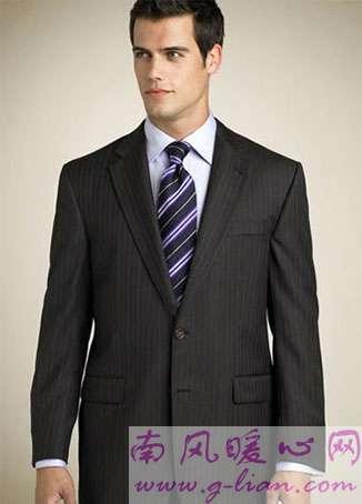 西装与领带的巧搭配 紧跟时尚展现不一样的风格