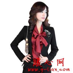 职业女装搭配需要完美的审美力和专业的判断能力