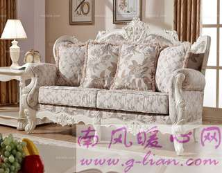 实木布艺沙发 不只是家里也适合公众场合