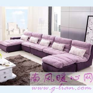 现代沙发 让你的房间更加简洁而明亮