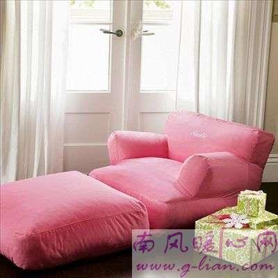 沙发床一举双得 蜗居生活里的重要道具
