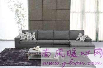 如何清洗沙发不同的沙发种类要用不同的方法