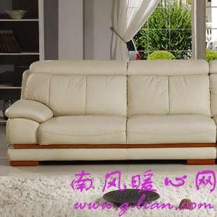 选一款满意的真皮沙发并不难 亲身体验最重要