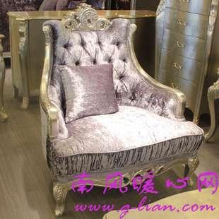 欧式沙发 让你家的客厅变得高贵典雅