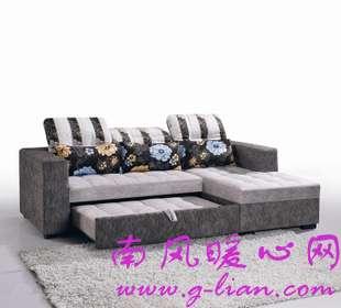 我们无需束缚自己的思想 布艺沙发让温馨蔓延瞬间